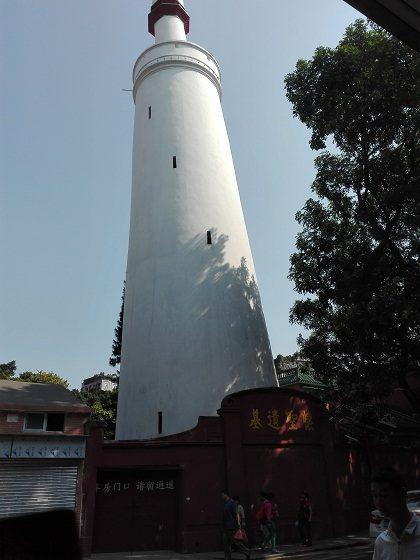 An Old Light Tower beside Huaisheng Mosque