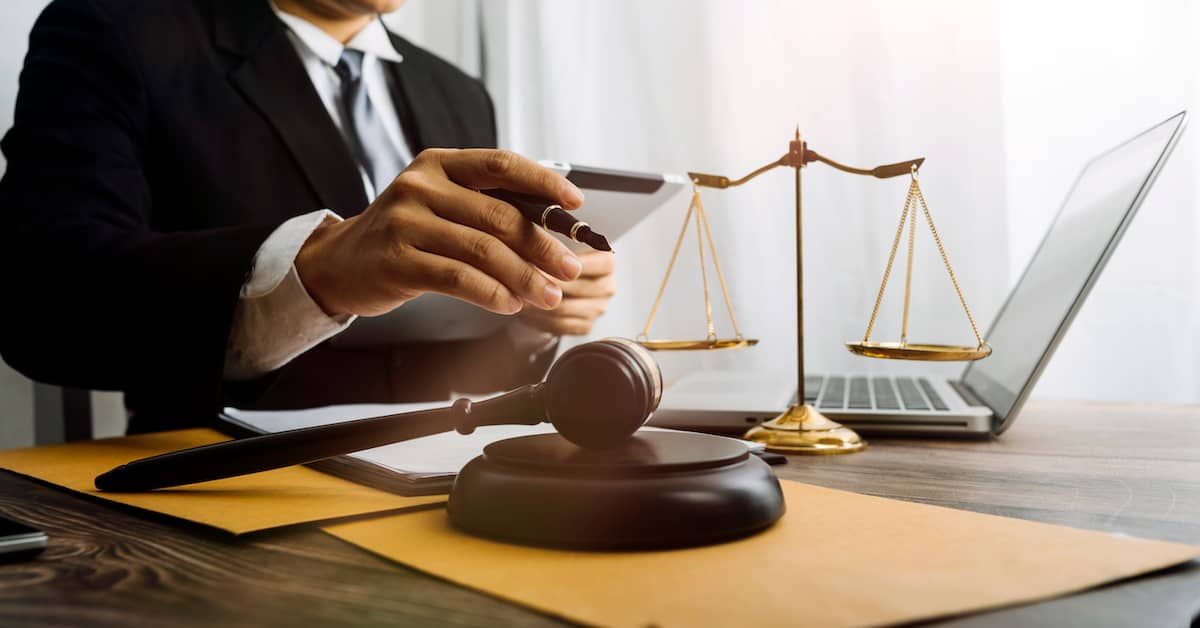 Why Choose a Lawyer Who Specializes in Spinal Cord Injury Law?